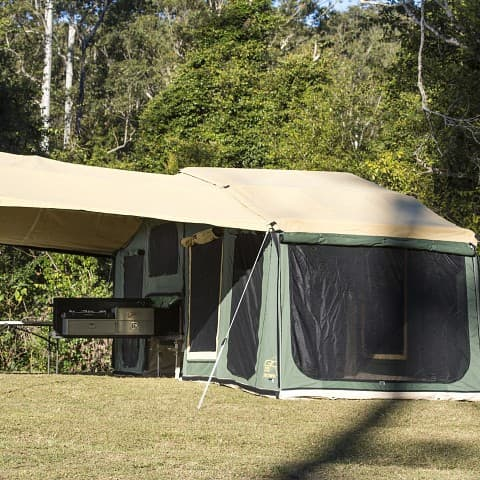 Upgrade 18ft Premium Tent